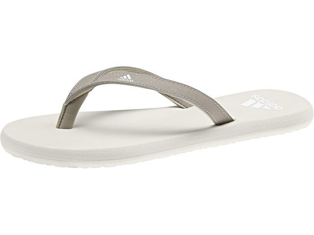 adidas Eezay Flips Women, platin metallic/footwear white/raw white